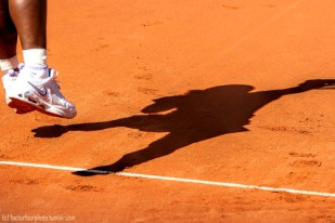I love how your sneakers tried red when we had red clay courts. It was totally cool.